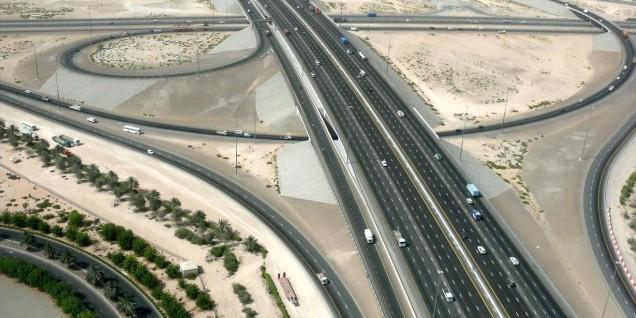 Autostrade fuori Dubai