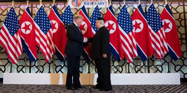 Trump Kim Hanoi