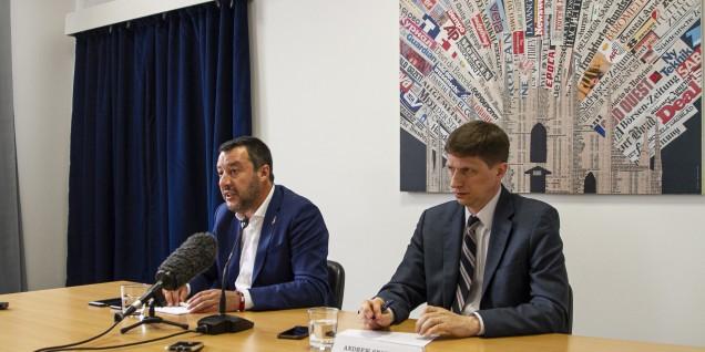 Salvini Andrew tavolo 5 copia