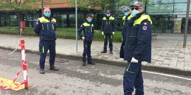 5 Civil Defense Volunteers