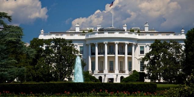 White House blu sky